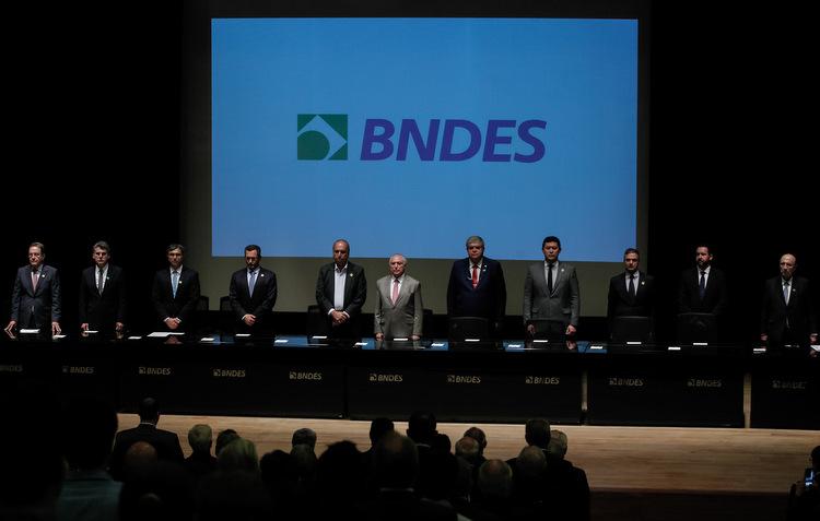 O banco aprovou também empréstimos de R$ 2,47 bilhões ao grupo Neoenergia, que opera em 223 municípios de São Paulo e cinco do Mato Grosso do Sul (Marcos Correa/PR)