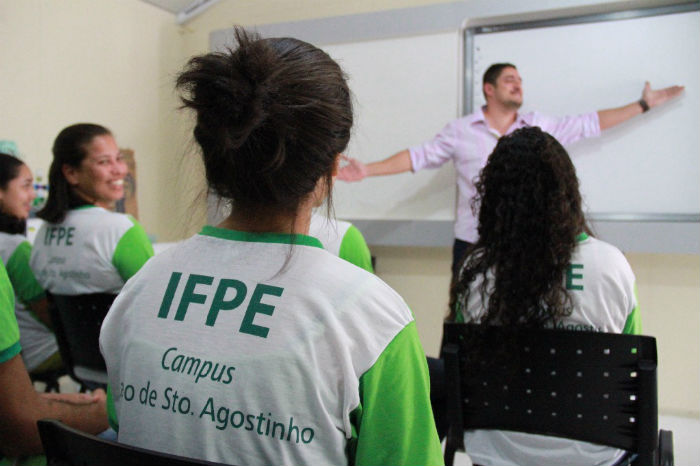 A previsão é de que o novo prédio já receba os estudantes no início do primeiro semestre de 2019. Foto: IFPE/Divulgação.