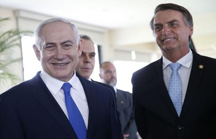 O presidente eleito Jair Bolsonaro recebe a visita do primeiro-ministro de Israel, Benjamin Netanyahu, em Copacabana. Foto: Fernando Frazão/Agência Brasil