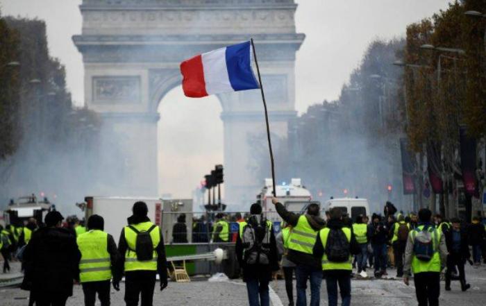 Até o momento, cerca de 20 pessoas foram detidas em todo o país. Foto: Bertrand Guay/AFP