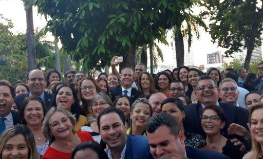 Fred Amâncio foi o secretário mais aplaudido e afagado da solenidade. Foto: Aline Moura/Diario de Pernambuco