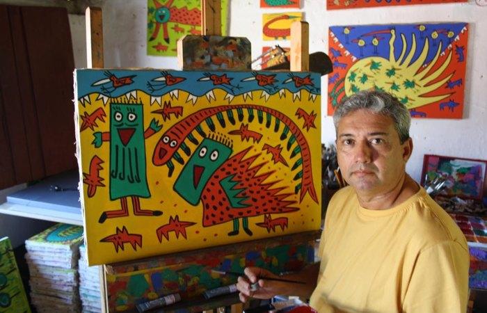 O artista Sérgio Vilanova assinará a obra que será feita no mesmo dia da inauguração. Foto: Reprodução/Facebook