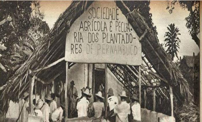 Sede do Engenho Galileia foi construída em 1956. Crédito: Memorial da Democracia/Hélio Passos, de o Cruzeiro