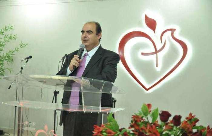 Sérgio Carazza foi nomeado pastor em 2002 e desde 2012 atua na igreja que ajudou a fundar. Foto: Reprodução/ Igreja Batista Cristã de Brasília