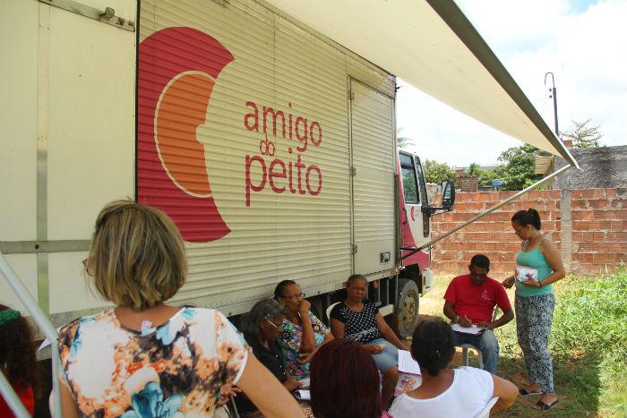 Unidade itinerante para realização de mamografia. Crédito: Divulgação/Prefeitura de Olinda