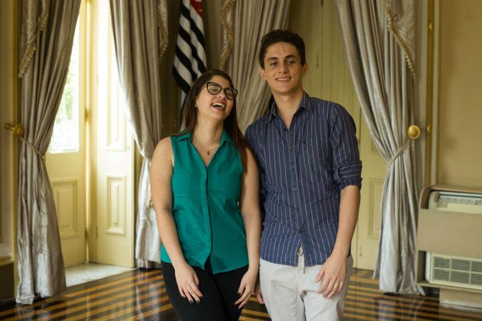 Karoline e Luiz recebem bolsas do PE no Campus desde o ano passado. Foto: Camila Pifano/Esp.DP.