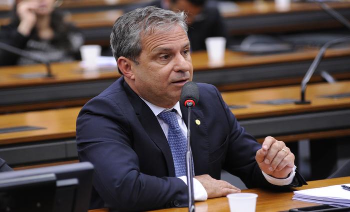 Tadeu diz que partido se reunirá na próxima semana para encontrar uma solução Foto: Câmara dos Deputados