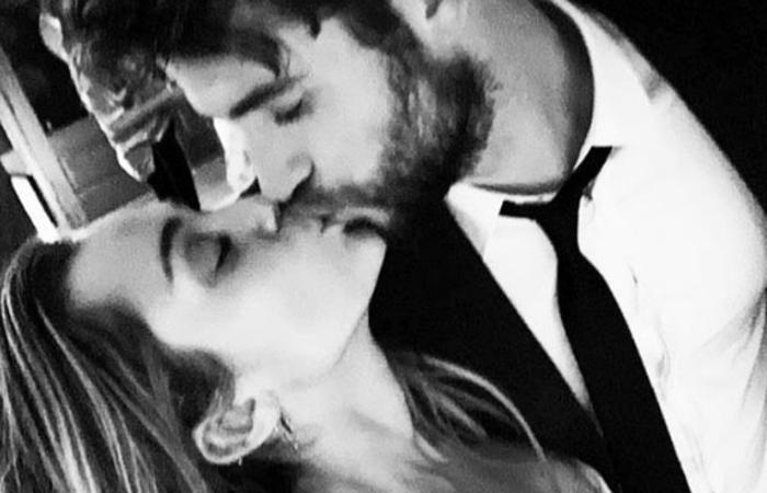 Miley e Liam se casaram no fim do ano passado, após quase 10 anos de relacionamento - Foto: Instagram/Reprodução