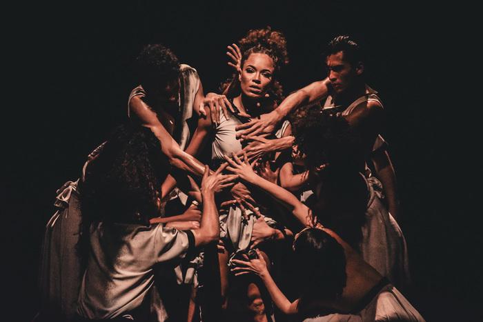 Os bailarinos fazem parte do Núcleo de Arte Educação. Fotos: Anfevisual/Divulgação