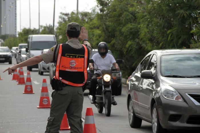 Motoristas e condutores devem ficar atentos às blitze durante o período de verão, férias escolares e prévias carnavalescas. Foto: Miva Filho/Divulgação.