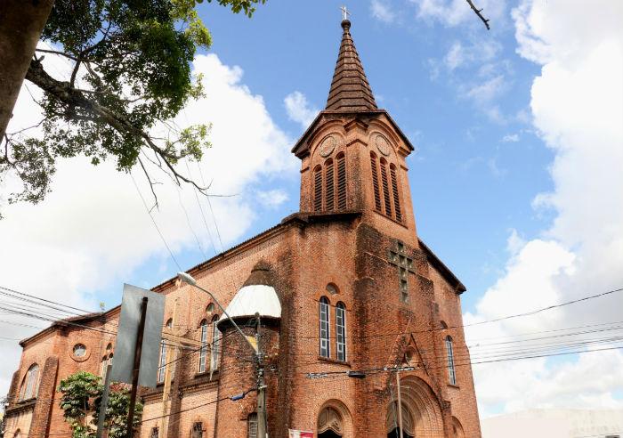 Igreja localizada no Centro de Paulista - tombada pela Fundarpe - será sede da Paróquia Santa Isabel Rainha de Portugal. Foto: Gabriel Melo/Esp.DP.