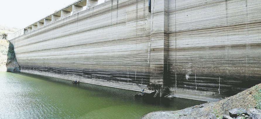 Preocupação só não é maior porque reservatório tem ficado com água abaixo da sua capacidade e o nível vem sendo monitorado (Foto: Aluisio Moreira / Divulgação)