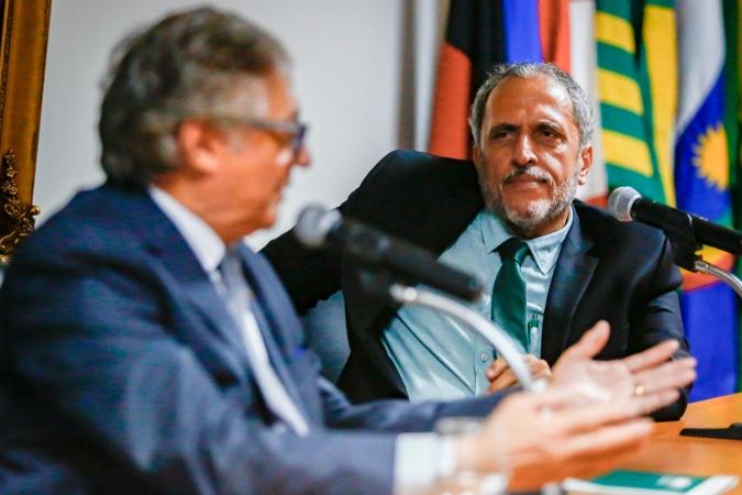 Ministro da Educação, Vélez Rodríguez, participou da posse de Alfredo Bertini. Foto: Léo Malafaia/Esp. DP FOTO. (Ministro da Educação, Vélez Rodríguez, participou da posse de Alfredo Bertini. Foto: Léo Malafaia/Esp. DP FOTO.)