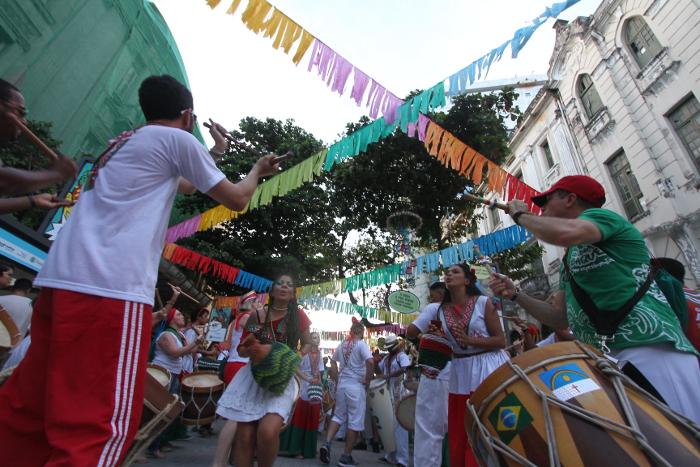 cidade terá 49 ensaios de maracatu, em vários bairros, até o Carnaval. Crédito: Roberto Ramos/DP