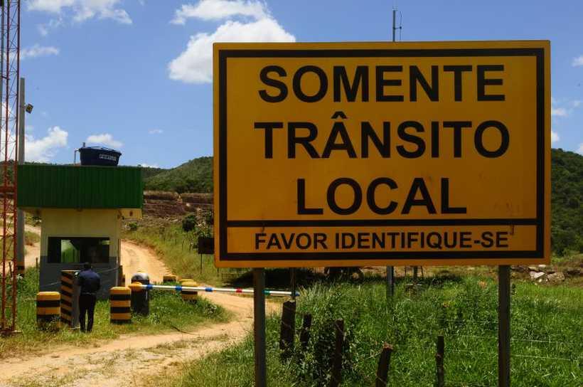 Cancela com seguranças impede a passagem em determinados lugares. Foto: Carlos Vieira/CB/D.A Press