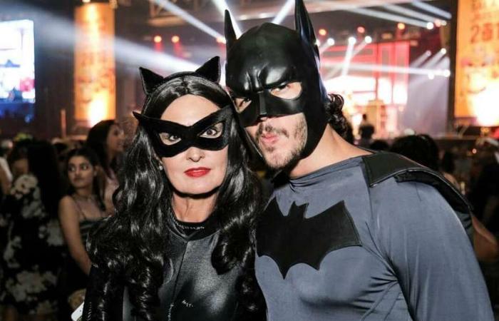Mulher-Gato e Batman: em 2018, Fátima e Túlio usaram fantasias combinando. Foto: Instagram/Reprodução