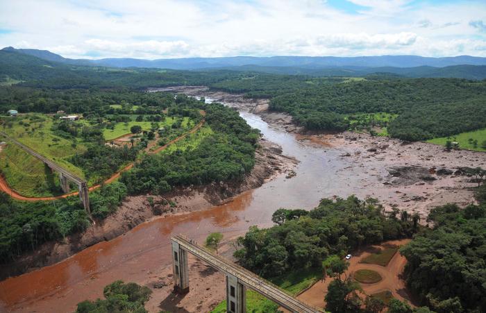 Mais de uma semana após tragédia, 226 pessoas continuam desaparecidas. Foto: Vinícius Mendonça / Ibama