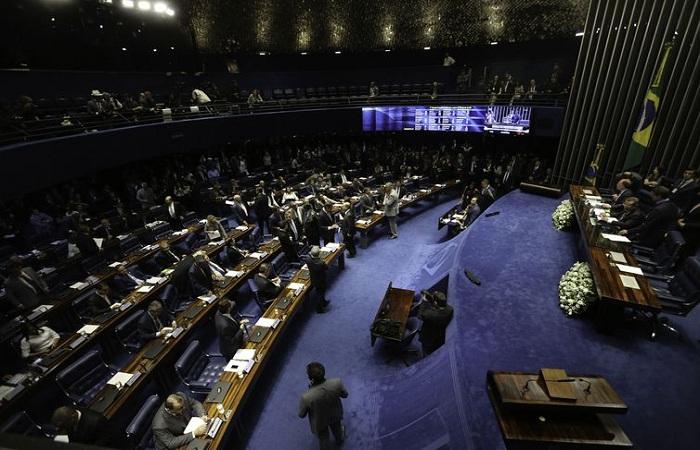 A discussão do voto secreto marcou a eleição do presidente do Senado, que começou no fim da tarde da última sexta-feira e foi decidida no começo da noite do sábado. Foto:  Fabio Rodrigues Pozzebom/Agência Brasil