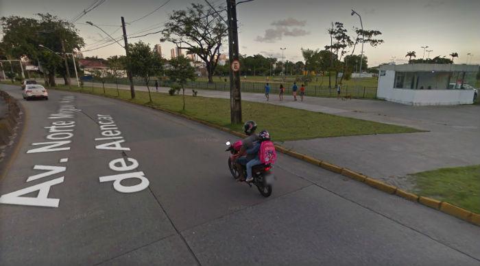 Semáforo passa a operar ao lado do Parque Urbano da Macaxeira. Foto: Reprodução Google Maps