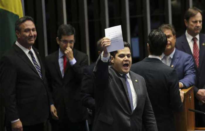 Na foto, Davi Alcolumbre, eleito presidente do Senado Federal (foto: Fabio Rodrigues Pozzebom/Agência Brasil )