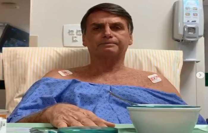 Bolsonaro almoçou creme de mandioca com carne e ingeriu gelatina, além de um suplemento nutricional. Foto: Facebook/Reprodução.