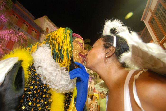 A doença do beijo ou mononucleose é muito comum no período. Foto: Alexandre Gondim/DP/Arquivo.