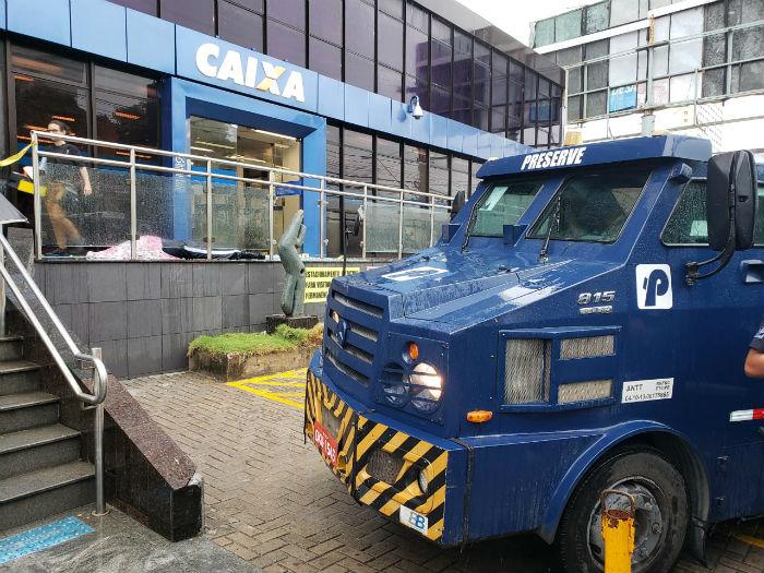 Esta foi a primeira ação criminosa contra carro-forte de 2019. Foto: Peu Ricardo/DP.