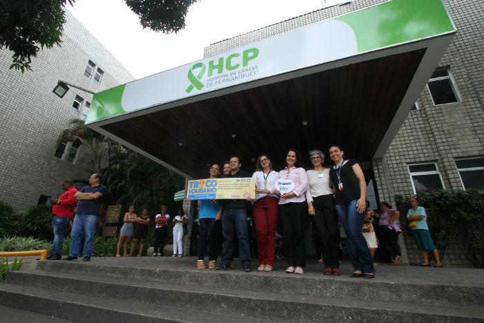 Valor arrecadado na iniciativa foi entregue ao HCP. Foto: Peu Ricardo/DP.