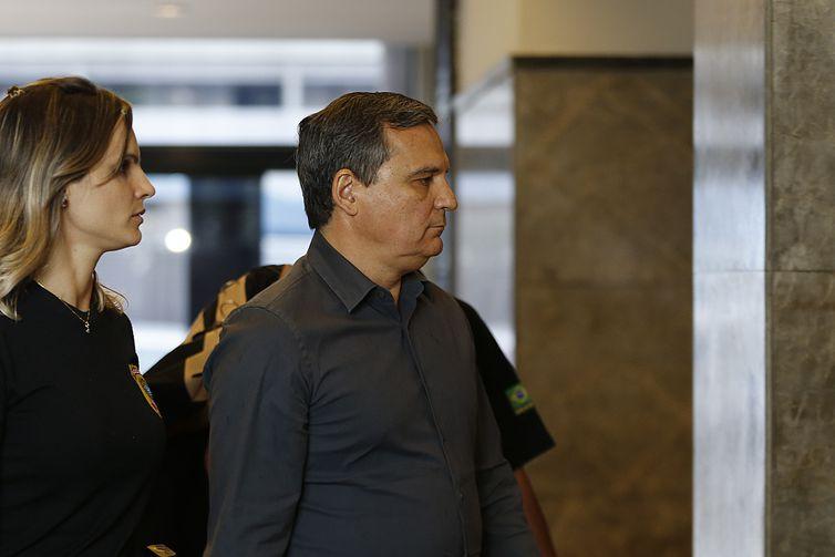 Régis Fichtner durante a Operação C%u2019Est Fini, quando foi preso em novembro Arquivo/Tânia Rêgo/Agência Brasil