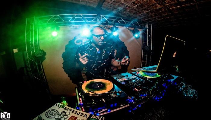 Festa vai contar com discotecagem do DJ440. Foto: Divulgação