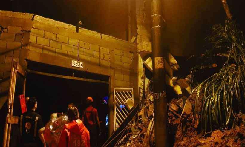 No total, foram 22 viaturas e 71 agentes envolvidos nos dois resgates. Foto: Corpo de Bombeiros de São Paulo/BMESP/Divulgação