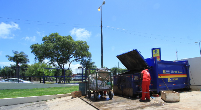Ecopontos serão instalados no Bairro do Recife. Crédito: Annaclarice Almeida/DP/D.A Press