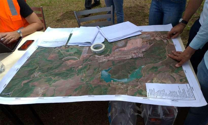Vale disponibilizou mapa na área em que moradores precisarão ser retirados hoje. Foto: Mateus Parreiras/EM/DA Press