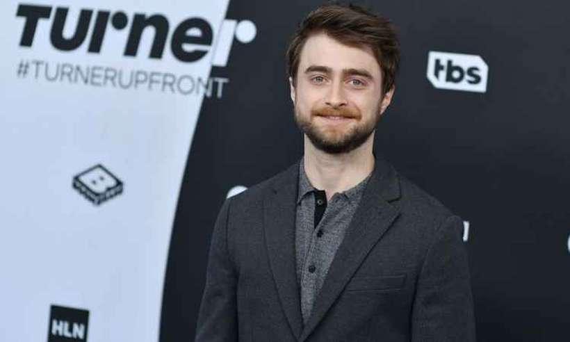 Daniel Radcliffe contou que algumas pessoas tentaram o ajudar, mas que ele parou de beber quando notou que isso o prejudicava. Foto: AFP/Angela Weiss