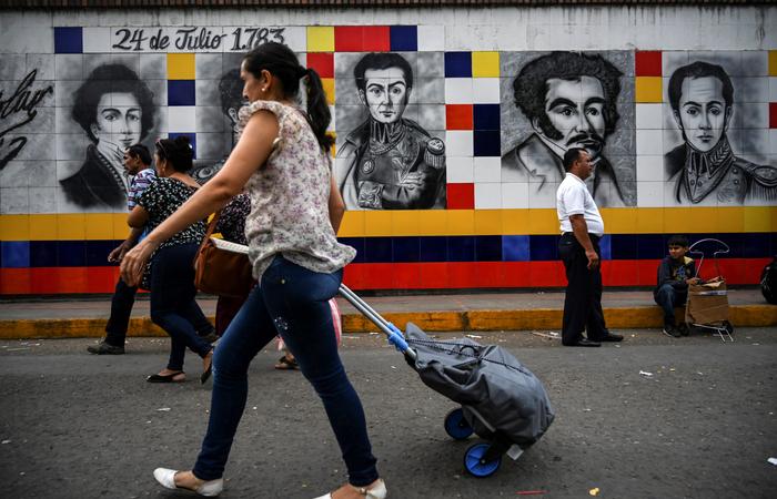 Em média, no ano de 2018, 5.000 pessoas deixaram a Venezuela a cada dia. Foto: Juan BARRETO / AFP