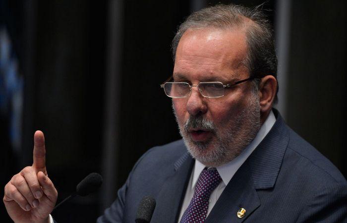 Armando se diz disposto a ajudar qualquer nome dos %u201Ccompanheiros%u201D da oposição que começam a surgir no cenário político em 2020. Foto: Fabio Rodrigues Pozzebom/Agência Brasil