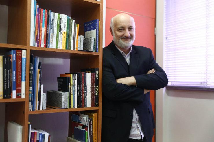 O pró-reitor administrativo Marcio Waked destaca a valorização do MBA entre empreendedores. Foto: Camila Pifano/Especial para o DP