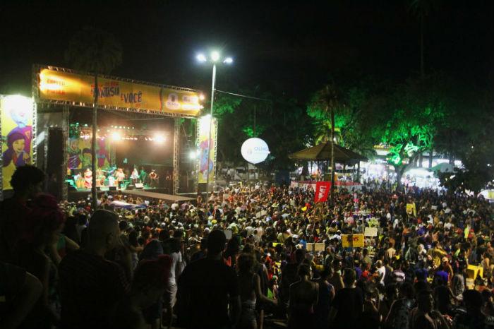 Abertura do carnaval de Olinda lota a Praça do Carmo. Foto: Bruna Costa/Esp.DP.