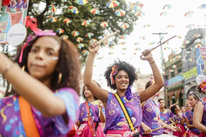 As homenageadas foram a educadora Luci Machado e a carnavalesca Agricélia Agripino. Foto: Andréa Rêgo Barros/Divulgação.