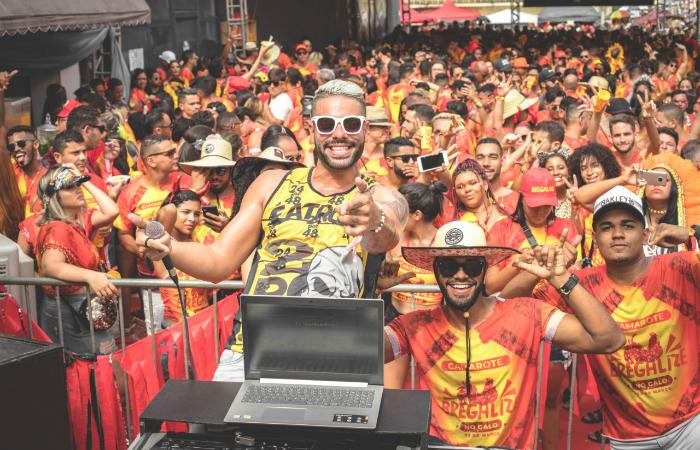 Dj Bregoso agitou o público com muito brega-funk. Foto: Thamyres Oliveira/Divulgação