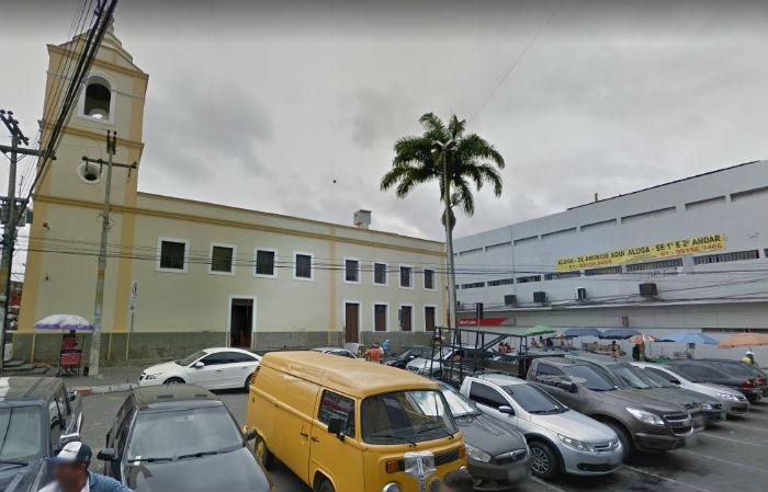 Evento que acontece no Marco Zero da cidade conta com quatro duplas de repentistas. Foto: Reprodução Google Maps