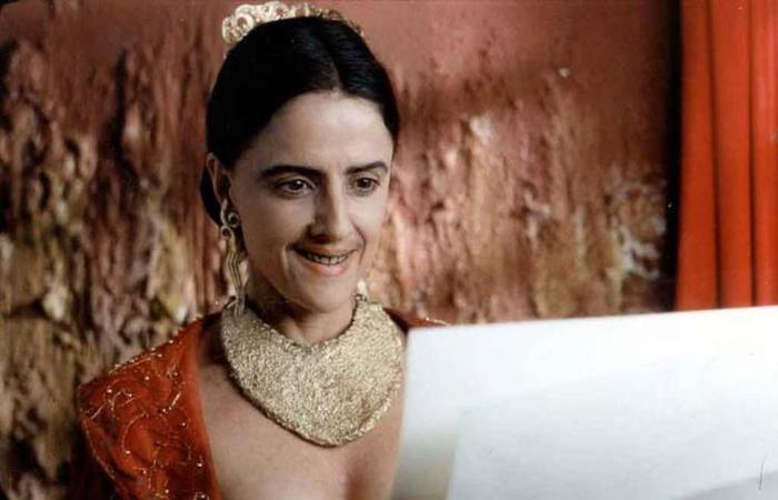 Marieta Severo em cena de Carlota Joaquina, dirigido por Carla Camuratti. Foto: ED. Superrec/ divulgação