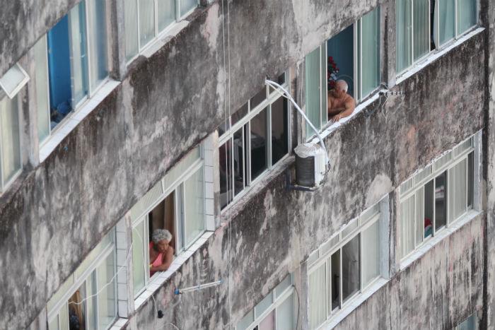 Problemas na rede elétrica do edifício seria motivo de protesto. Foto: Foto: Mandy Oliver/Esp.DP.