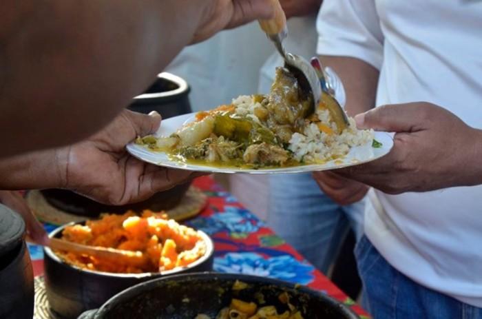 As cozinheiras irão distribuir pratos tradicionais do Quilombo Barro Branco, de Belo Jardim, no Agreste. Foto: Divulgação