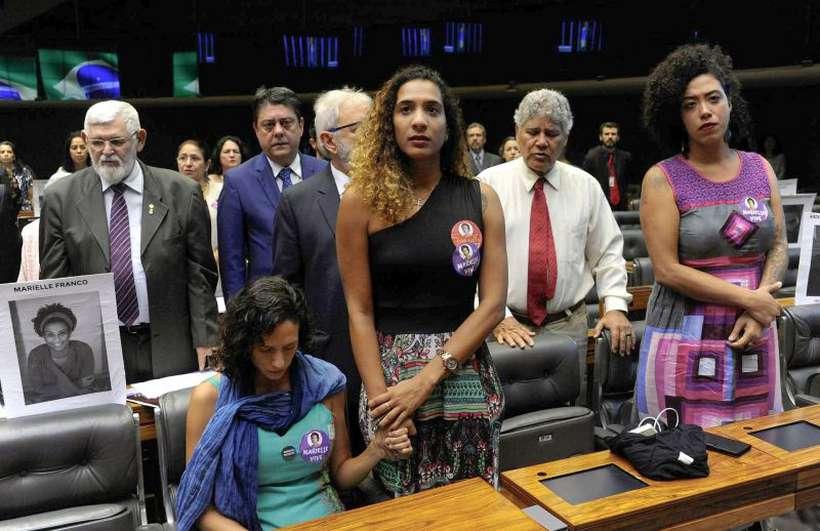 Anielle Silva, Monica Tereza Benicio e Taliria Petrone. Foto: Luís Macedo/Agência Câmara