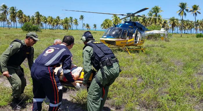 Mulher fraturou fêmur, pélvis e foi socorrida para hospital particular do Recife. Foto: PRF/Divulgação