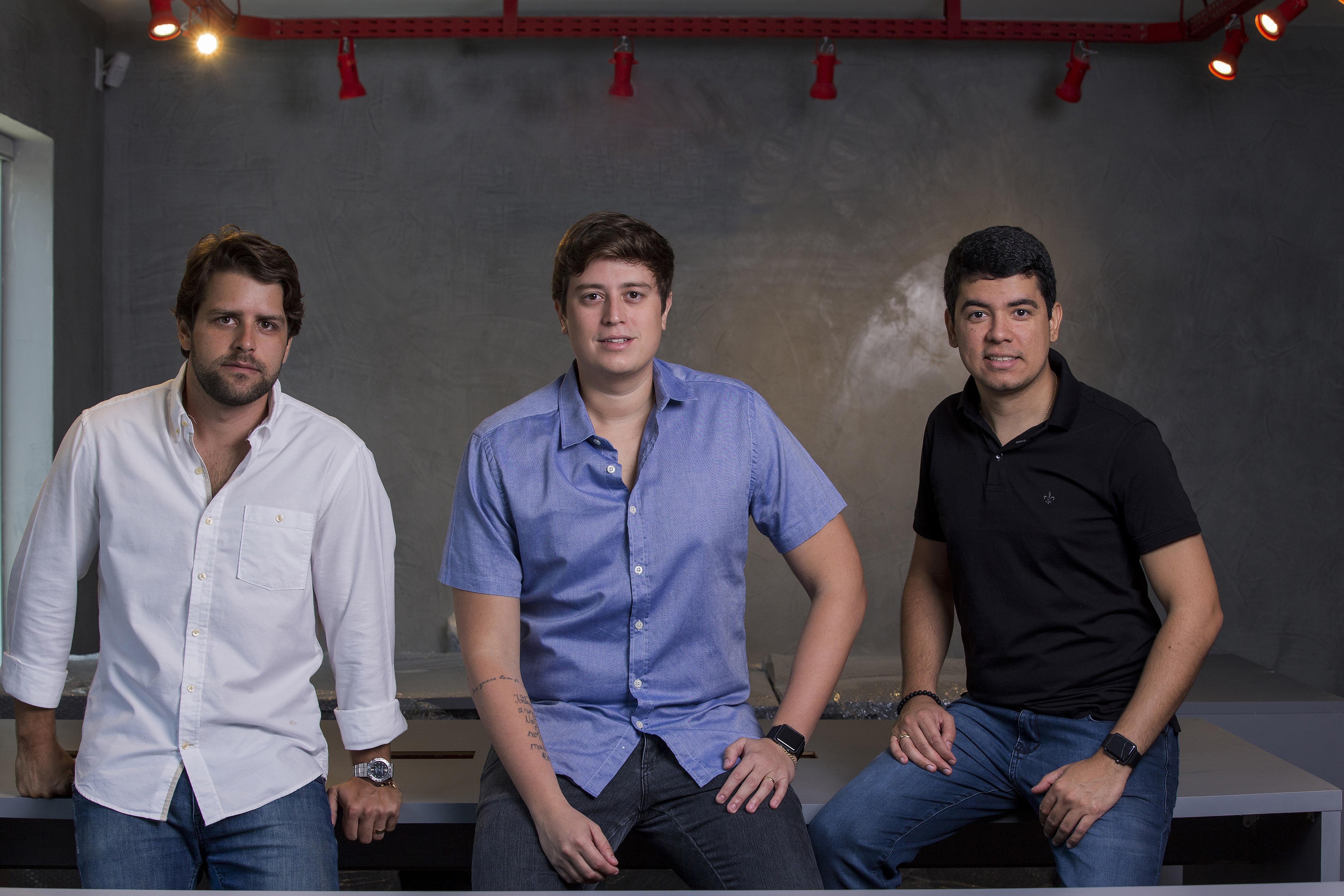 Sócios Marcos Freire, Newton Neto e Diego Gama já pensam em expandir os negócios. Crédito: Sol Pulquério/Divulgação.