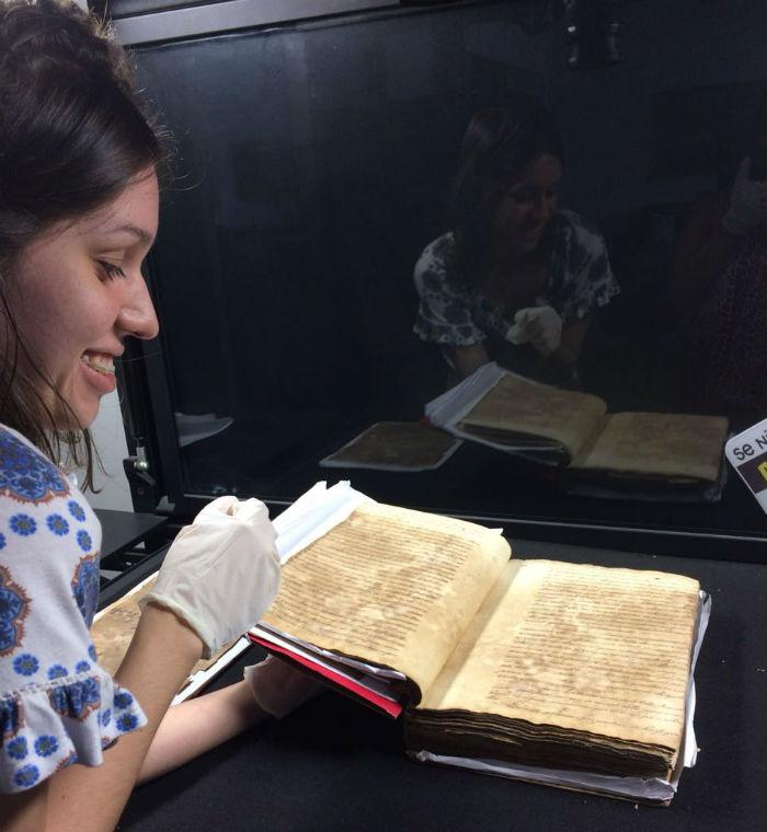 Foram analisadas e digitalizadas as 314 cartas manuscritas do primeiro volume de um total de oito. Foto: Divulgação.