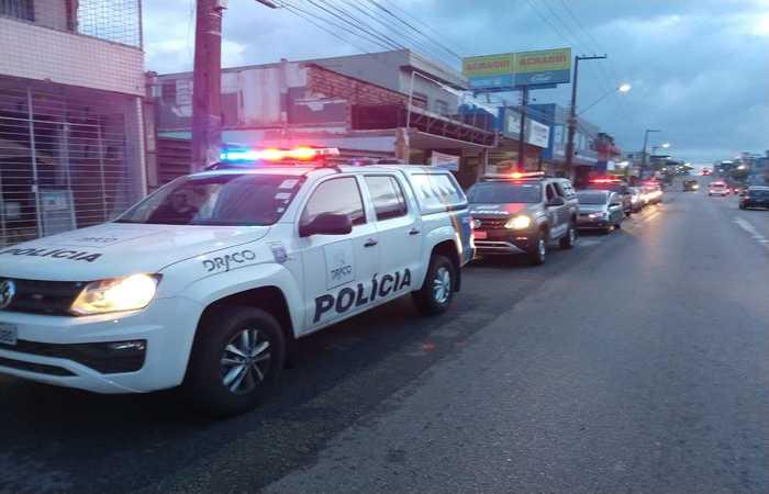 90 policiais e dois auditores do TCE fazem parte das diligências. (Foto: Divulgação / PCPE) (90 policiais e dois auditores do TCE fazem parte das diligências. (Foto: Divulgação / PCPE))
