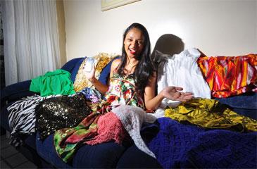Na rede existem vários grupos para negociar roupas, acessórios, eletrônicos e até carros (Maria Eduarda Bione/Esp.DP/D.A Press)